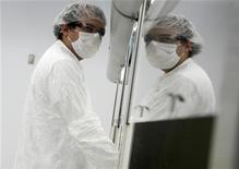 <p>Giovane ricercatore in un'immagine d'archivio. REUTERS/Jim Young</p>