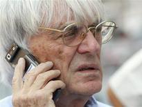 <p>Os vencedores de corridas da Fórmula 1 devem receber medalhas de ouro na próxima temporada e o campeão geral seria aquele que conquistasse o maior número delas, afirmou na terça-feira o chefe da área comercial da categoria, Bernie Ecclestone. REUTERS/Tim Wimborne</p>