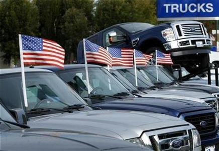 New trucks are displayed for sale at a Ford dealership in Encinitas, California in this November 11, 2008 file photo. REUTERS/Mike Blake