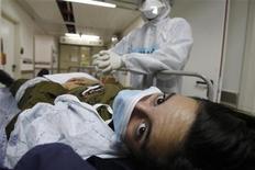 <p>Un paziente in ospedale. REUTERS/Baz Ratner</p>