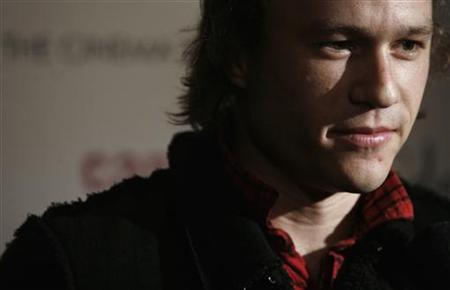 Actor Heath Ledger arrives at the premiere of the film ''Candy'' in New York, November 6, 2006. REUTERS/Eric Thayer