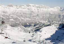 <p>A general view of a Swiss mountain resort east of Zurich, in a file photo. REUTERS/Arnd Wiegmann</p>