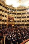 <p>Un'immagine d'archivio del Teatro La Fenice. REUTERS/Manuel Silvestri</p>