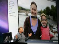 "<p>Philip Schiller, senior vice president of worldwide product marketing at Apple Inc, speaks about the Apple program ""Faces"" at the Macworld Convention and Expo 2009 in San Francisco, January 6, 2009. REUTERS/Robert Galbraith</p>"