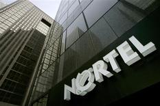 <p>L'équipementier de réseaux canadien Nortel Networks a demandé son placement sous la protection du Chapitre 11 de la loi américaine sur les faillites, une démarche qui équivaut à un dépôt de bilan. /Photo d'archives/REUTERS/Mark Blinch</p>