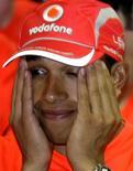 <p>Foto de arquivo do piloto da MacLaren, Lewis Hamilton durante o Grande Prêmio do Brasil em novembro de 2008. Hamilton se diz mais relaxado como campeão da Fórmula 1. REUTERS/Sergio Moraes</p>