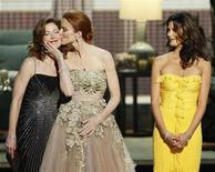 "<p>Actresses Dana Delany, Marcia Cross and Teri Hatcher (L-R) of ""Desperate Housewives"" present an award at the 60th annual Primetime Emmy Awards in Los Angeles September 21, 2008. REUTERS/Lucy Nicholson</p>"