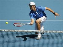 <p>O bósnio-americano Amer Delic dirante a partida contra o sérvio Novak Djokovic REUTERS/Tim Wimborne (AUSTRALIA)</p>