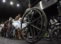 <p>Persone diversamente abili in un'immagine d'archivio. REUTERS/Romeo Ranoco</p>