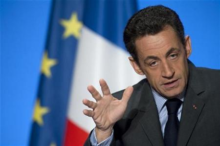 France's President Nicolas Sarkozy delivers a speech on research and innovation at the Elysee Palace in Paris, January 22, 2009. REUTERS/Philippe Wojazer
