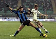 <p>Un momento della partita Inter-Torino giocata a San Siro. REUTERS/Alessandro Garofalo.</p>