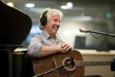 <p>British musician Graham Nash performs for a satellite radio show to promote his new retrospective boxed set in New York January 29, 2009. It took just 40 seconds, singing harmony with Stephen Stills and David Crosby, to convince Nash to take the musical step that led ultimately to the Rock 'n Roll Hall of Fame. REUTERS/Lucas Jackson</p>