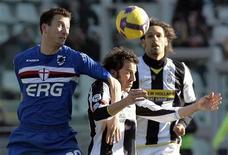 <p>Un momento della partita Juventus-Sampdoria di oggi. REUTERS/Alessandro Garofalo (ITALY)</p>