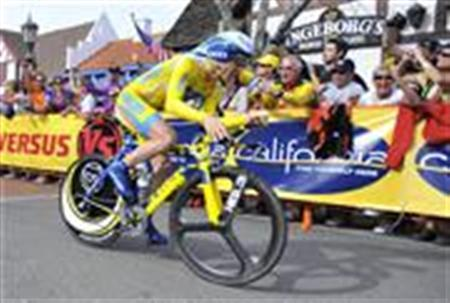 Astana cyclist Levi Leipheimer races in the time trial of the Amgen Tour of California in Solvang, California in this file photo from February 20, 2009. REUTERS/Phil Klein