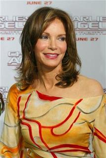 Jaclyn Smith, one of the original cast members of the ''Charlie's Angels'' television series arrives as a guest for the premiere of their new film ''Charlie's Angels Full Throttle'' in Hollywood June 18, 2003. REUTERS/Fred Prouser