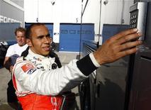 <p>Il pilota della McLaren Lewis Hamilton, vincitore dell'ultimo titolo mondiale di Formula Uno. REUTERS/Marcelo del Pozo</p>