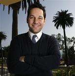 """<p>Paul Rudd posa para fotos em Santa Monica, EUA, para divulgar o filme """"Eu Te Amo, Cara"""". 15/03/2009. REUTERS/Mario Anzuoni</p>"""