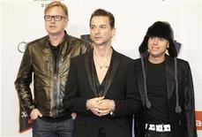 <p>Members of the British band Depeche Mode arrive on the red carpet for the 'Echo Music Awards' ceremony in Berlin, February 21, 2009. The German Phonographic Academy honours artists from all over the world in 24 categories. REUTERS/Tobias Schwarz</p>