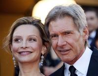 "<p>Cast member Harrison Ford (R) and Calista Flockhart arrive for the screening of the world premiere of the film ""Indiana Jones and the Kingdom of the Crystal Skull"" by director Steven Spielberg at the 61st Cannes Film Festival May 18, 2008. REUTERS/Jean-Paul Pelissier</p>"