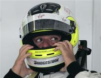 <p>Piloto da Brawn GP Rubens Barrichello no circuito internacional de Sepang. 03/04/2009. REUTERS/Zainal Abd Halim</p>
