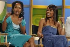 "<p>Executive producer Mara Brock Akil (L) and actress Wendy Raquel Robinson, star of The CW network's comedy series ""The Game"" take part in a panel discussion at the Television Critics Association press tour in Pasadena, California, July 17, 2006. REUTERS/Fred Prouser</p>"