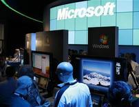 <p>Microsoft: rimandata scadenza per rispondere ad accuse Ue. REUTERS/Rick Wilking</p>