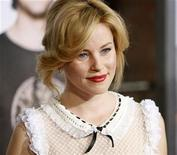 "<p>Actress Elizabeth Banks poses at the premiere of the movie ""I Love You, Man"" at the Mann's Village theatre in Los Angeles March 17, 2009. REUTERS/Mario Anzuoni</p>"