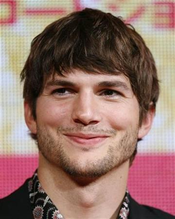 Actor Ashton Kutcher attends an event to promote his film ''What Happens In Vegas'' in Tokyo in this August 6, 2008 file photo. REUTERS/Yuriko Nakao/Files