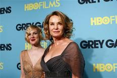 "<p>Actresses Drew Barrymore (L) and Jessica Lange arrive at the premiere of ""Grey Gardens"" in New York April 14, 2009. REUTERS/Eric Thayer</p>"