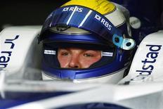 <p>Piloto da Williams de Fórmula 1 Nico Rosberg da Alemanha é visto no Grande Prêmio do Bahrain, em Manama. 24/04/2009. REUTERS/Steve Crisp</p>