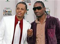 <p>Xtreme of Dominican Republic arrive on the red carpet at the 2007 Billboard Latin Music Awards in Coral Gables, Florida, April 26, 2007. REUTERS/Marc Serota</p>