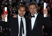 <p>I registi Matteo Garrone e Paolo Sorrentino a Cannes. REUTERS/Jean-Paul Pelissier</p>
