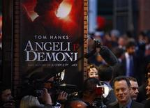 "<p>Tom Hanks alla prima mondiale del film ""Angeli e demoni"" a Roma. REUTERS/Alessia Pierdomenico</p>"