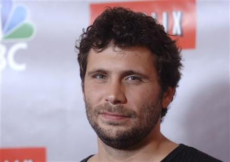 Actor Jeremy Sisto from the show 'Kidnapped' arrives at the NBC All-Star Party in Pasadena, California July 22, 2006. REUTERS/Phil McCarten