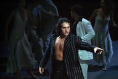<p>Una immagine di Erwin Schrott, uno dei protagonisti della Carmen che aprirà il 7 dicembre la stagione della Scala. REUTERS/Hand out/Teatro alla Scala</p>