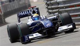 """<p>Пилот команды """"Формулы-1"""" """"Уильямс"""" Нико Росберг на второй практике Гран-При Монако в Монте-Карло 21 мая 2009 года. Ассоциация команд автогонок класса """"Формула-1"""" (FOTA) приняла решение временно исключить из своих рядов команду """"Уильямс"""" после того, как та подтвердила подачу заявки на сезон- 2010, сообщила """"Уильямс"""" в среду. REUTERS/Max Rossi</p>"""