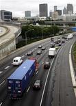 <p>Traffico ad Atlanta, Georgia. REUTERS/Tami Chappell</p>