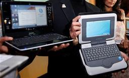 <p>Intel s'attend à une bonne tenue des ventes mondiales d'ordinateurs portables grand public et espère profiter du boom attendu du segment des portables ultra-fins grâce à ses nouveaux processeurs. /Photo d'archives/REUTERS</p>