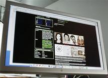 <p>La page d'un utilisateur de Myspace. Le réseau social en ligne, propriété du groupe News Corp, a l'intention de licencier environ deux tiers de ses salariés hors du marché américain et de fermer au moins quatre de ses bureaux hors des Etats-Unis. /Photo d'archives/REUTERS/Keith Bedford</p>