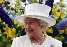 <p>La regina Elisabetta durante una visita ufficiale in Scozia. REUTERS/Andrew Milligan/Pool</p>