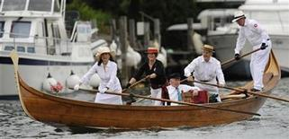<p>Spectators in a gondola attend the Henley Royal Regatta in Henley-on-Thames, west of London July 2, 2008. REUTERS/Eddie Keogh</p>
