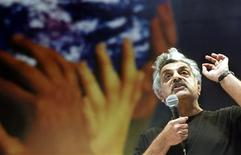 <p>Foto de arquivo do escritor paquistanês Tariq Ali. 24/01/2003. REUTERS/Sergio Moraes</p>