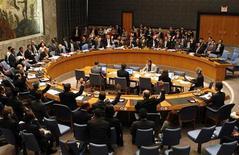 """<p>Заседание Совета Безопасности ООН в штаб-квартире организации в Нью-Йорке 12 июня 2009 года. Совет Безопасности ООН в среду почти достиг соглашения о том, чтобы добавить в """"черный список"""" компании и граждан Северной Кореи за участие в ядерной и ракетной программах Пхеньяна, сообщили дипломаты. REUTERS/Mike Segar</p>"""