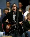 <p>Musician Jackson Browne performs before a town meeting for former Democratic presidential candidate and former U.S. Senator John Edwards in Iowa City, Iowa, in this November 19, 2007 file photo. REUTERS/Shannon Stapleton/Files</p>