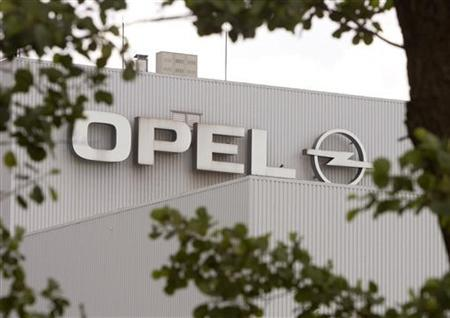 An Opel logo is pictured at the Opel plant in Gliwice, some 350 km (219 miles) south of Warsaw, June 2, 2009. REUTERS/Vasily Fedosenko