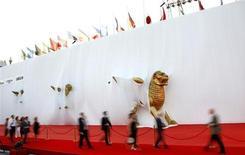 <p>La passerrella dela Mostra del cinema di Venezia del 2008. REUTERS/Max Rossi</p>