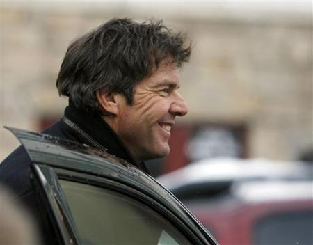 Actor Dennis Quaid reacts as he departs from the ''Village At The Lift'' during the 2008 Sundance Film Festival in Park City, Utah January 21, 2008. REUTERS/Lucas Jackson