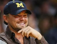 <p>Leonardo DiCaprio sits courtside during Game 2 of the NBA Finals between the Los Angeles Lakers and the Orlando Magic in Los Angeles, June 7, 2009. REUTERS/Mike Blake</p>