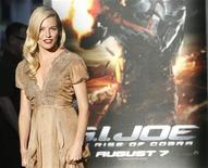 "<p>L'attrice Sienna Miller alla premiere del film ""G.I. Joe: The Rise of Cobra"" a Hollywood. REUTERS/Mario Anzuoni (UNITED STATES ENTERTAINMENT)</p>"