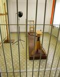 <p>Una cella del carcere della Stasi, diventato museo REUTERS/Arnd Wiegmann</p>